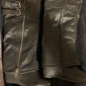 Aldo woman's boots size 35 black **2/$35••